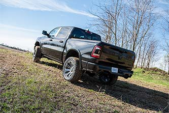 """2019 RAM 1500 with BDS 4"""" Lift Kit"""