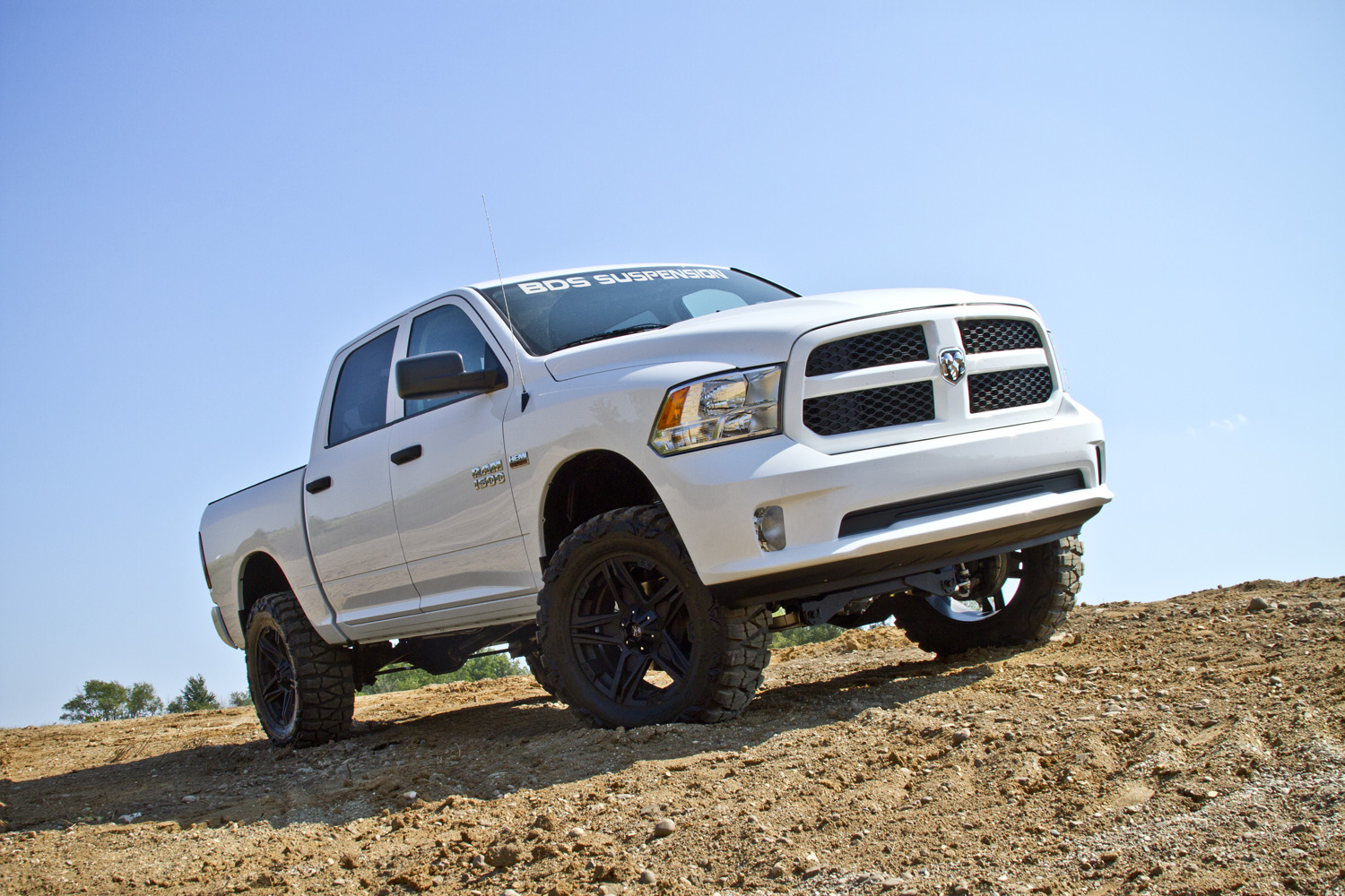 2014 dodge ram 1500 hires image dodge_1500_14w_6injpg - Dodge Ram 2014 Lifted