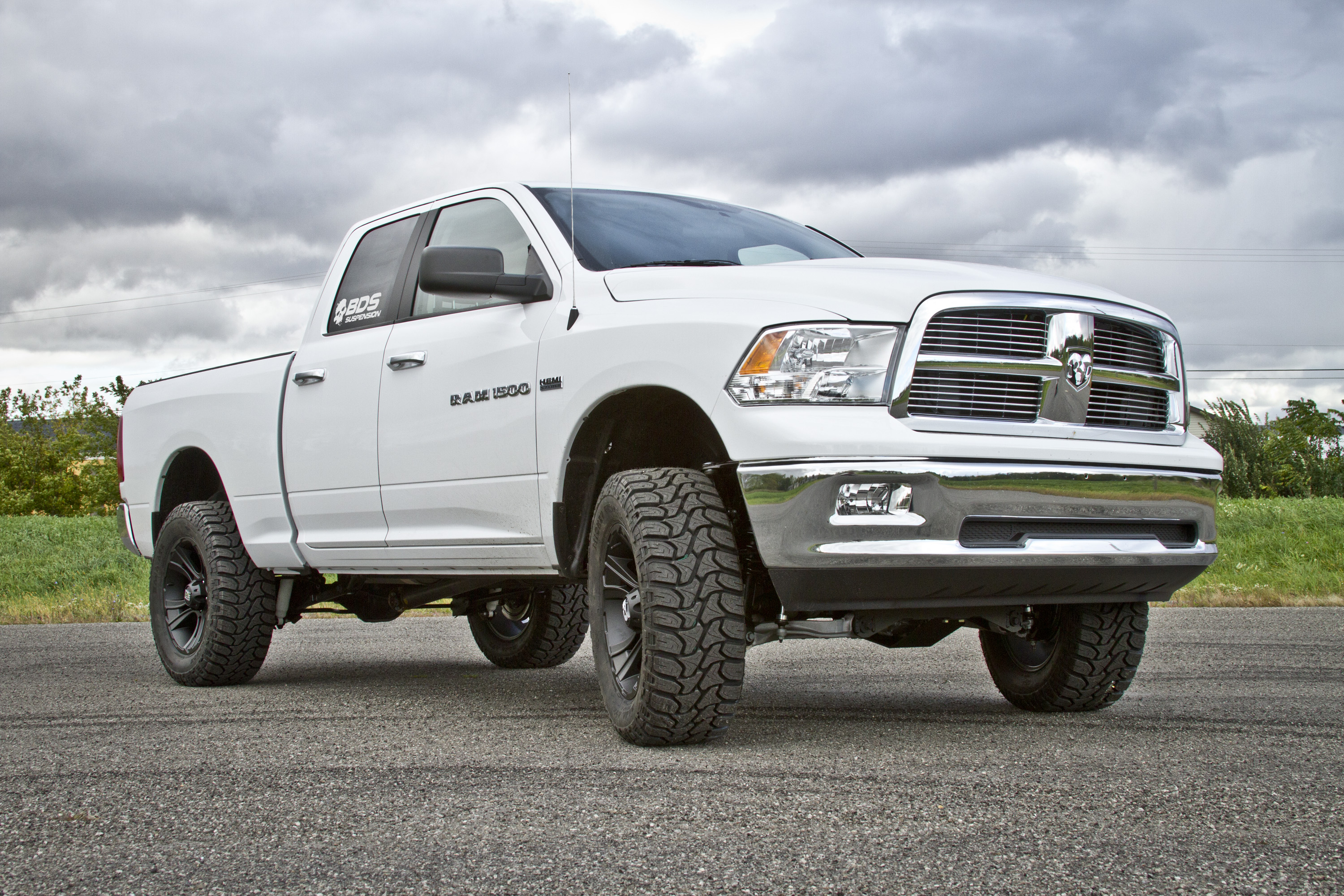 2015 dodge ram 1500 6 lift kit and 35s hires image dodge_1500_15w_6in_cjpg - Dodge Truck 2015 Lifted
