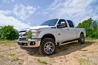 "Ford Super Duty w/ 2.5"" RA Kit"