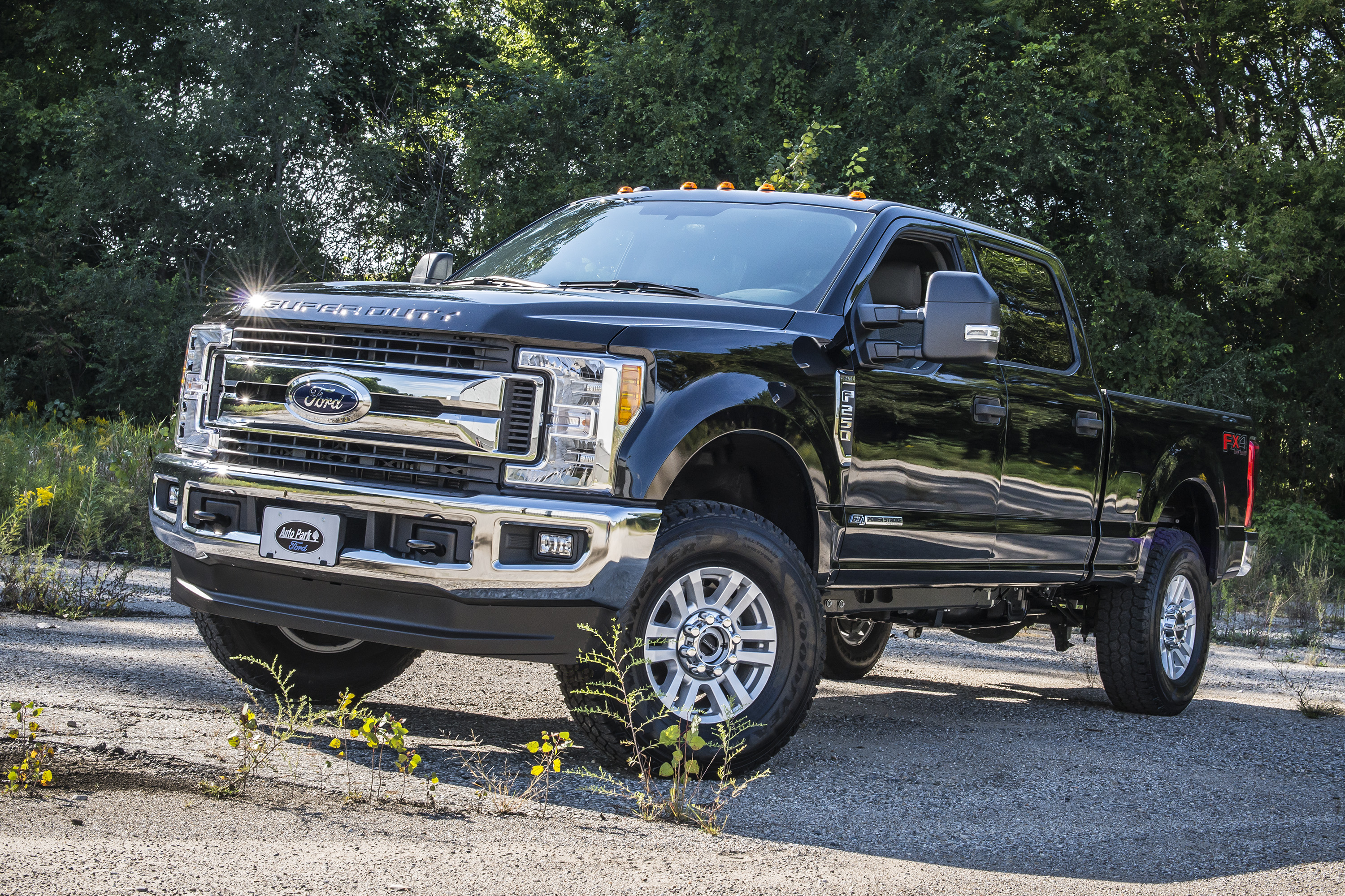 "2017 Ford Super Duty 1"" & 2"" Leveling Kits by BDS Suspension"
