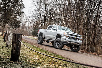 "BDS 8"" Lift Kit on Chevy 1500"