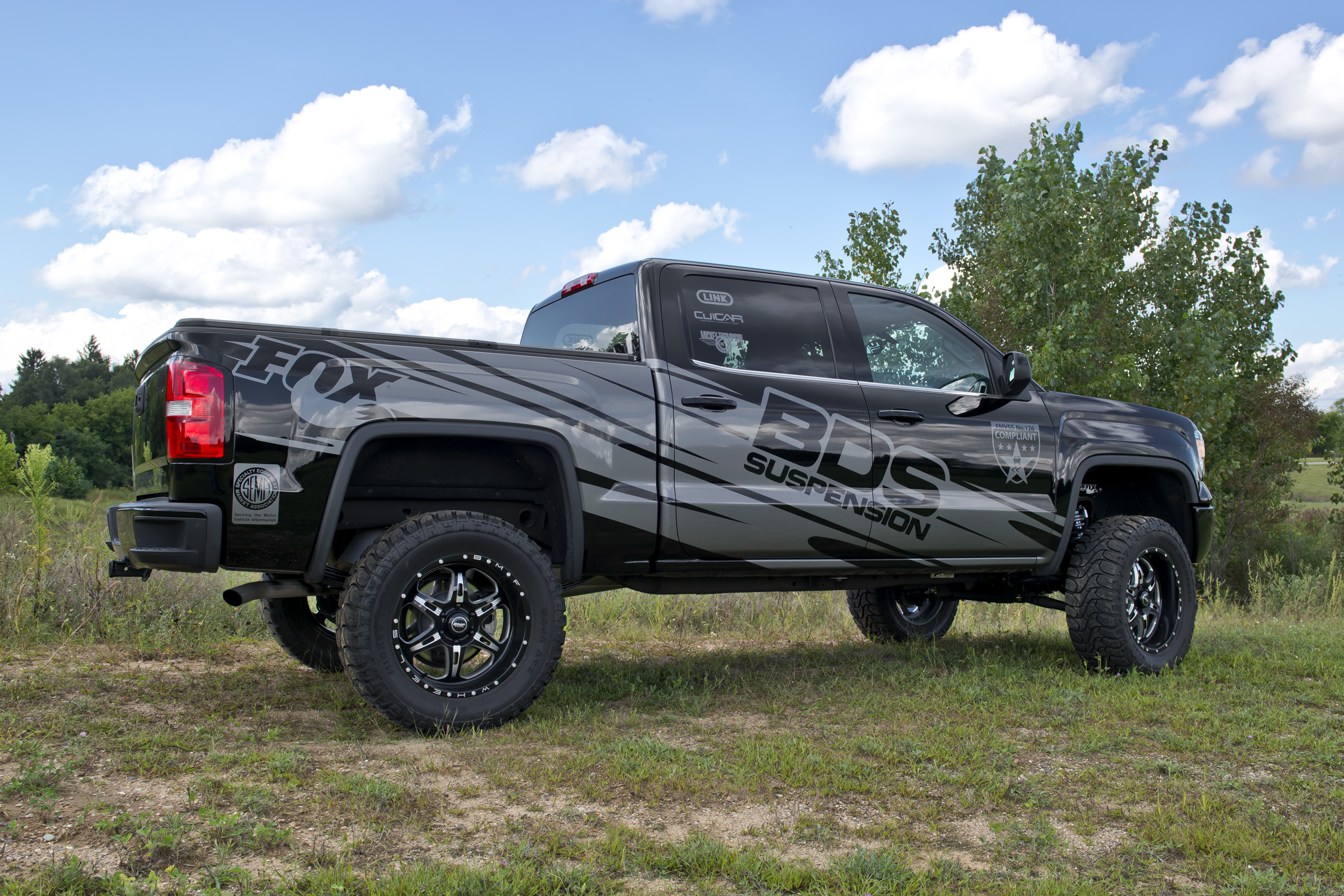 Lifted Chevy Colorado >> 2015 Chevy/GMC 1500 Lift Kits Now Shipping