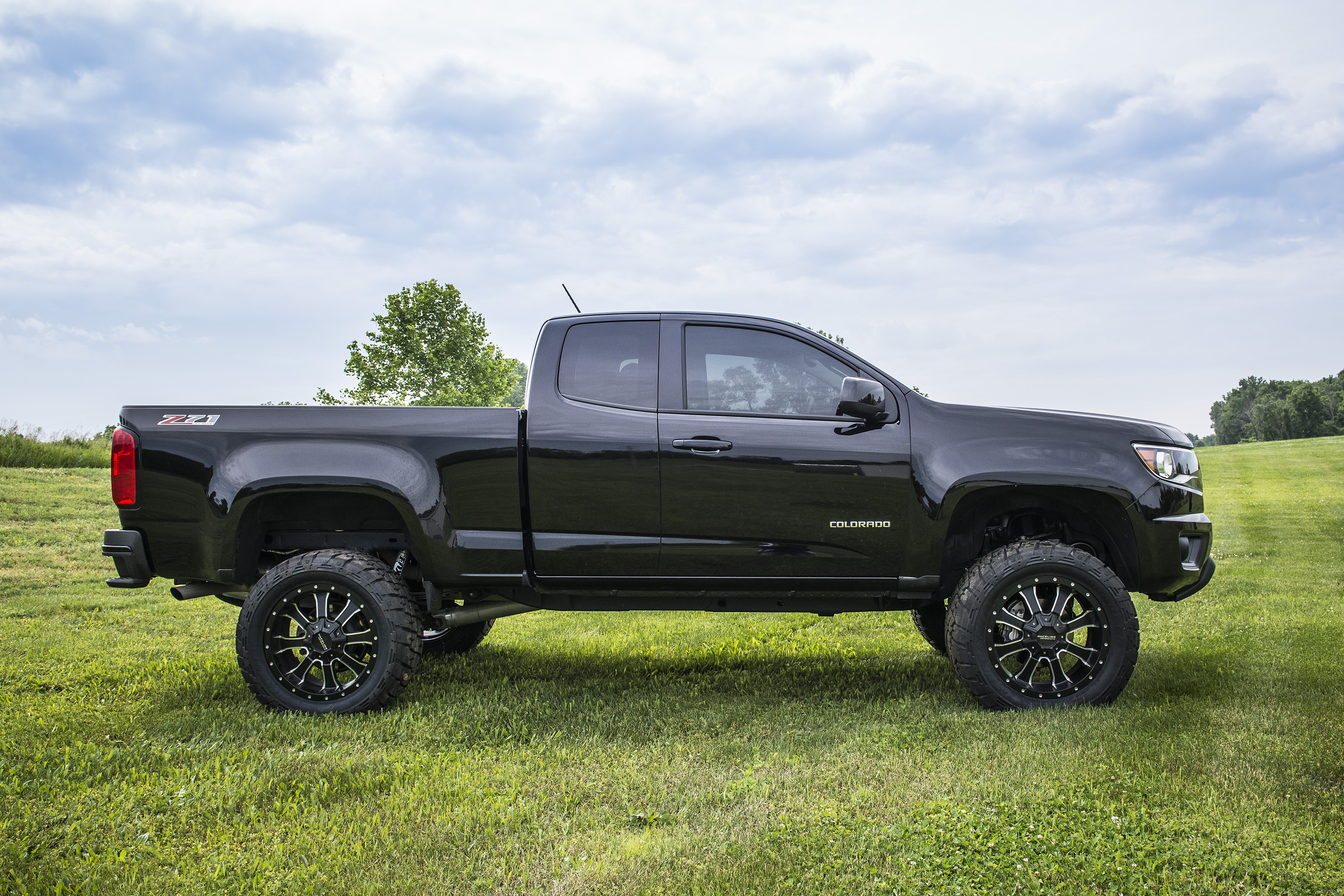 Truck G 2017 Chevy Colorado